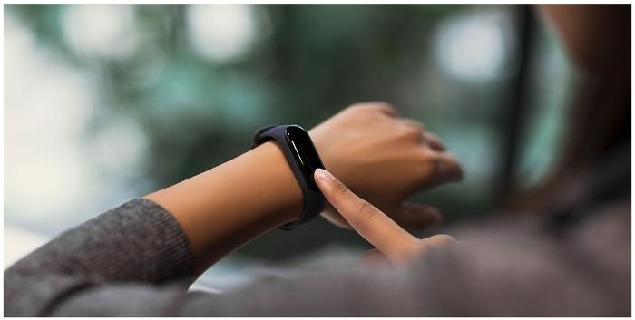 Xiaomi Mi Band 3 - мониторинг: калорий, физической активности, сна