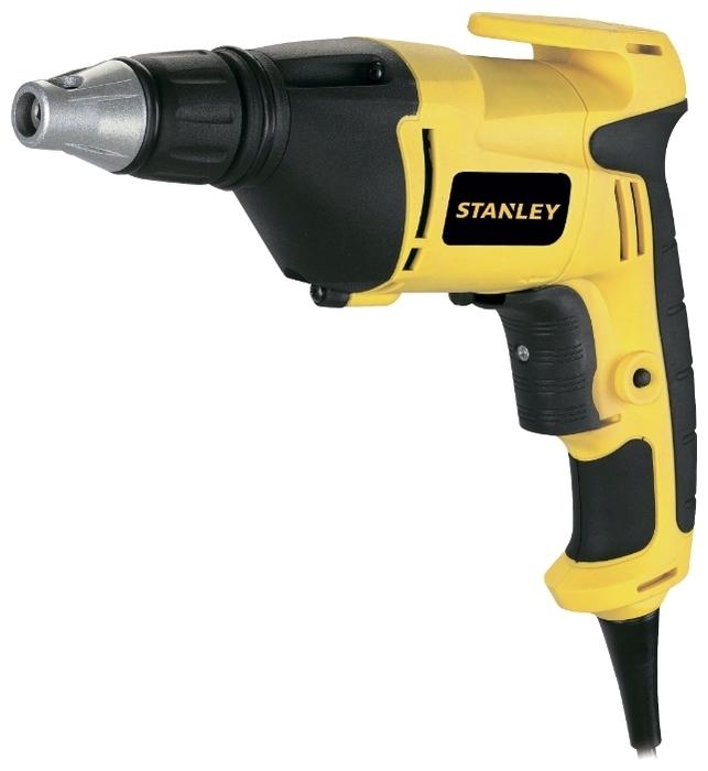 STANLEY STDR5206, 520 Вт - максимальный крутящий момент: 8Н·м