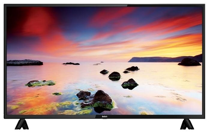 BBK 40LEM-1043/FTS2C 40 (2018) - разрешение: 1080p Full HD (1920x1080)