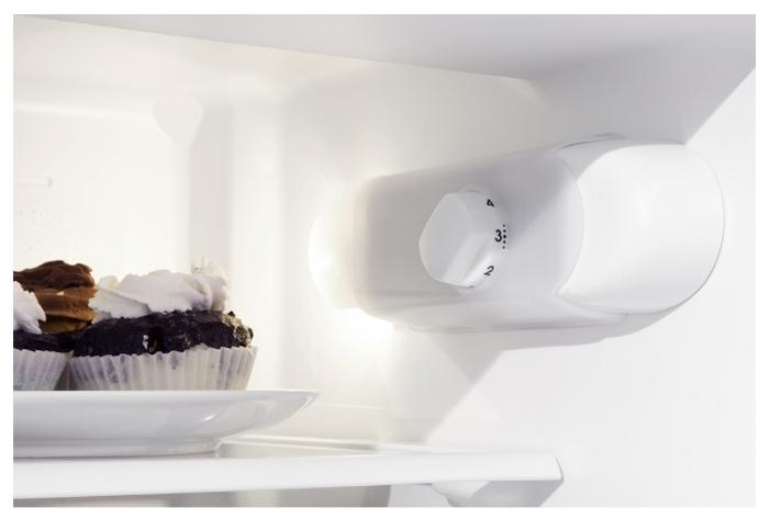 Indesit B 18 A1 D/I - объем холодильной камеры 195л