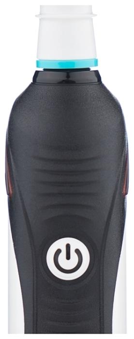 Oral-B Smart 4 4900 - особенности: датчик нажима, таймер, индикация зарядки, синхронизация со смартфоном
