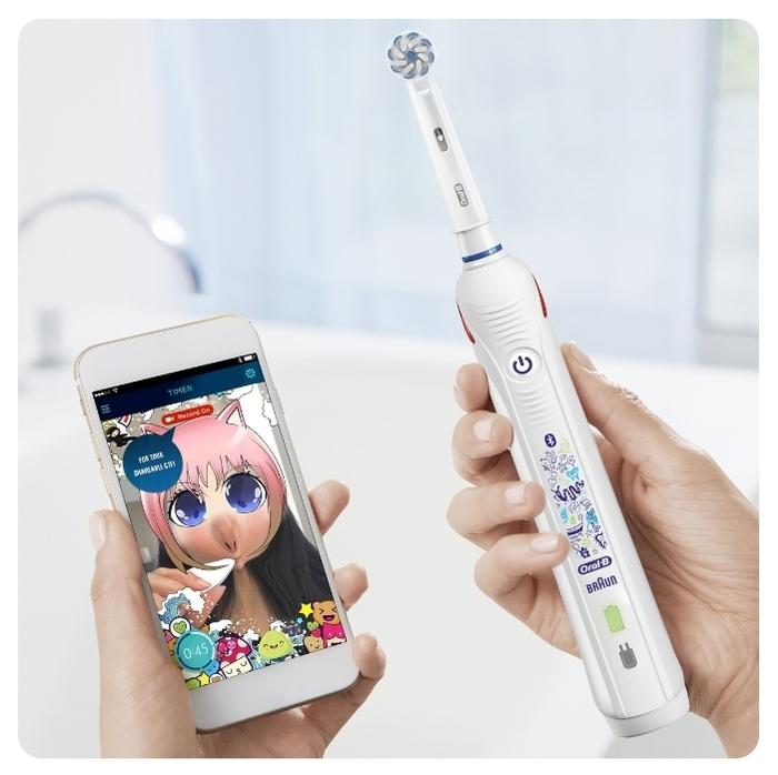 Oral-B Smart 4 Junior Sensi - особенности: датчик нажима, таймер, индикация зарядки, синхронизация со смартфоном