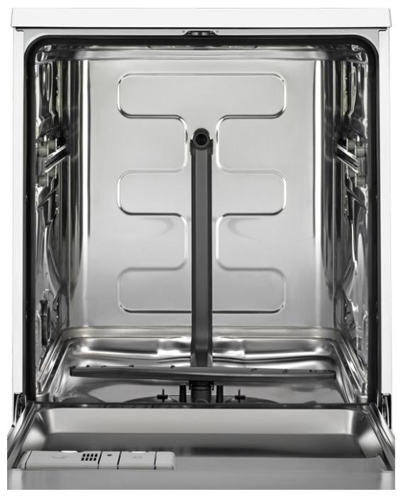 Electrolux ESF 9552 LOX - вместимость: 13комплектов