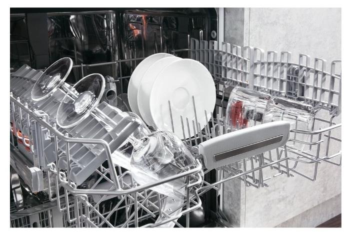 Hotpoint-Ariston HFC 3C26 - установка: отдельно стоящая