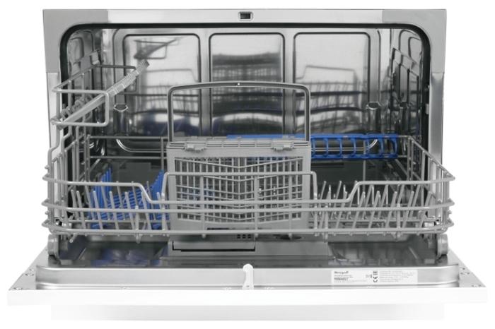 Weissgauff TDW 4017 - вместимость: 6комплектов